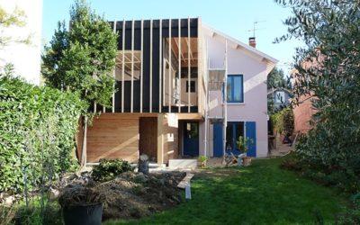 Extension à ossature bois & Restructuration à Bron Rhône 69500